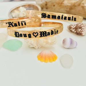 8mm Hawaiian Font Bracelet- Includes 10 letters 1st letter capital