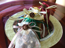 Load image into Gallery viewer, Scented Twig & Pine Cone Sachets