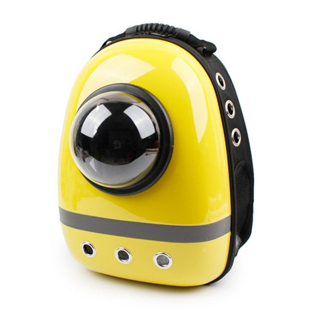 Capsule Shaped Pet Carrier Breathable backpack.