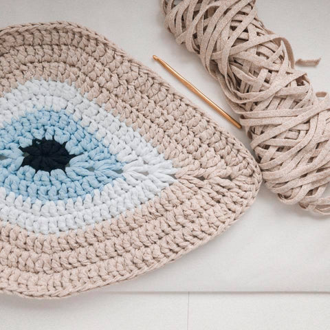 Golden evil eye cushion – Soulmade-greece