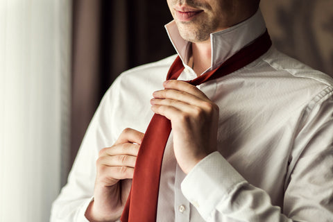 tying a tie how to tie a tie tie knots types of tie knots windsor knot pratt knot four in hand