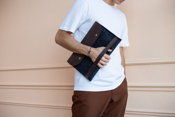 "CARRY MORE iPad Pro 12.9"" Case/ Oak Brown/"