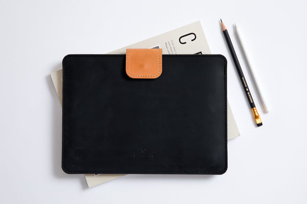 KEEP IT SNUG MacBook Case/ Classy Black/