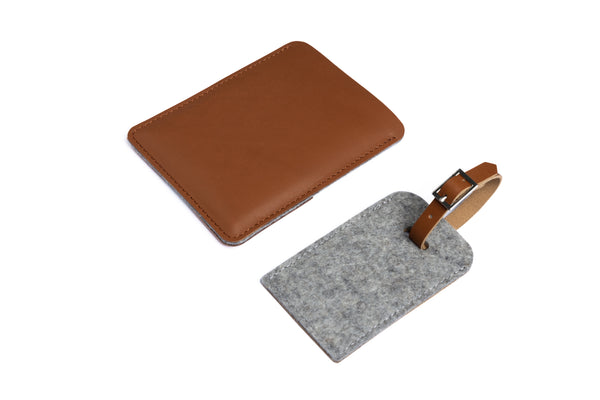 Slim leather passport case/ vegetable tanned dark felt