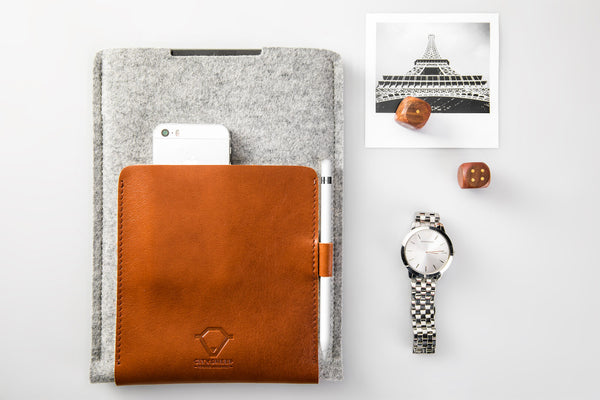 SECOND SKIN iPad Case/ Vegetable tanned