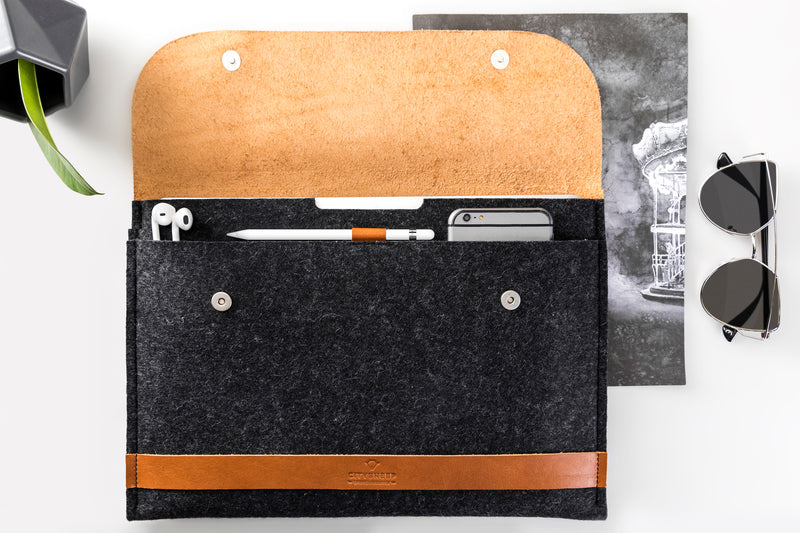 "CARRY MORE iPad Pro 12.9"" Case/ Vegetable Tanned/"