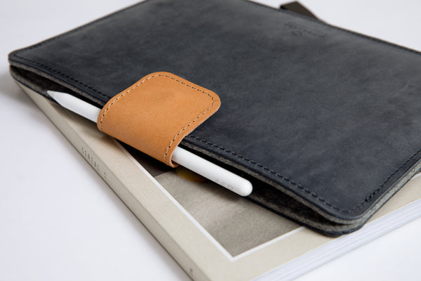 KEEP IT SNUG iPad Case/ Scandinavian Grey/
