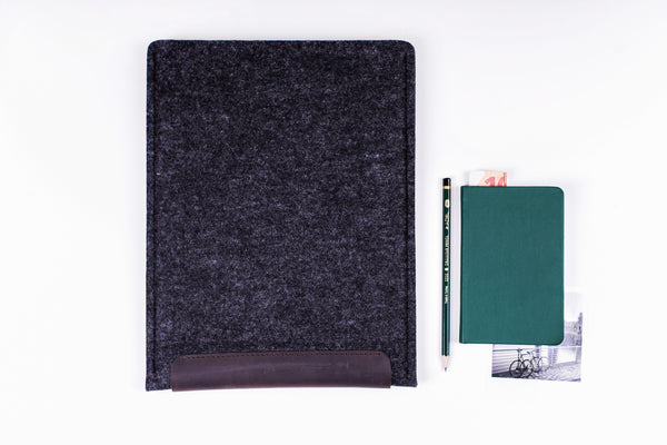 SECOND SKIN iPad Case/ Oak Brown/