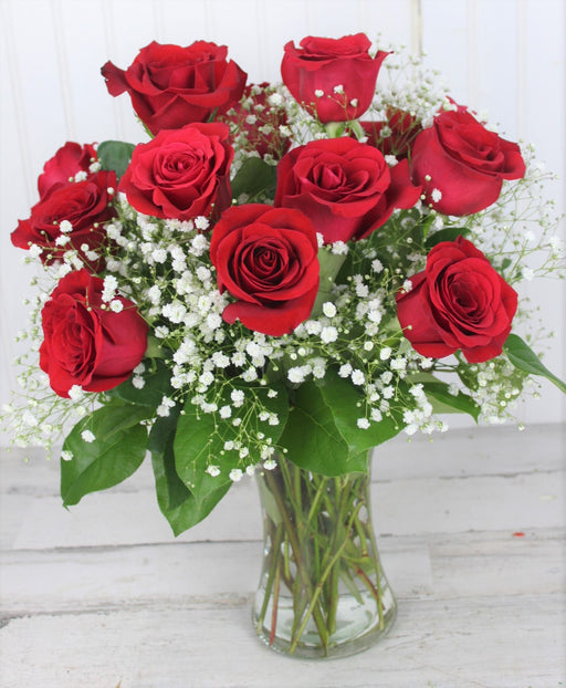 One Dozen Long Stem Red Rose With Baby Breath In Vase