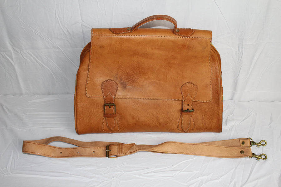 Travelers Small Leather Duffel Bag: Light Brown - Gear Supply Company