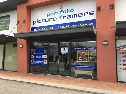 Portfolio Picture Framers shop