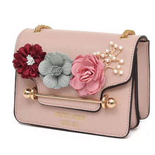 3D Flower Faux Pearl Detail Chain Bag