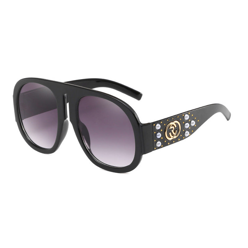 New Fashion Rivet Decorative Sunglasses