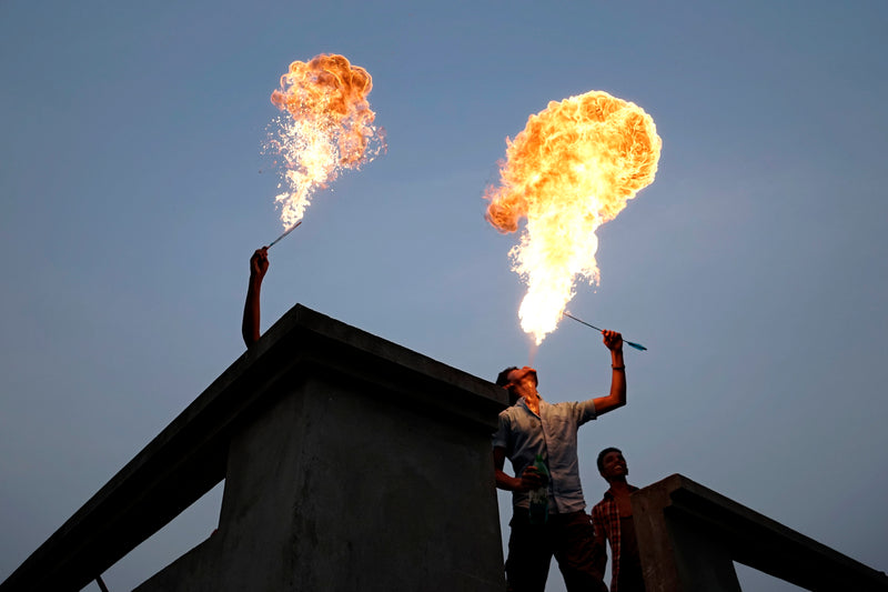 Abir Abdullah Photography Fire Eaters - Abir Abdullah Photography Fire Eaters - 5 Pieces Gallery - Contemporary Art & Photography