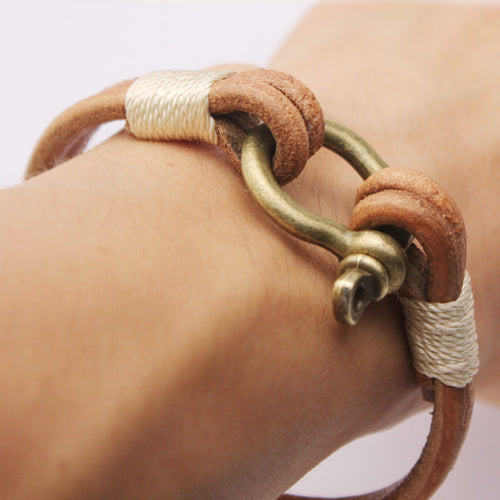 Hand Made Rustic Leather Bracelet With Horseshoe Screw Clasp