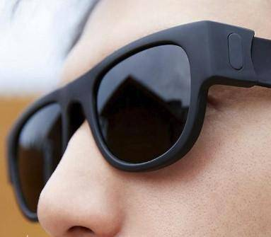 Image of Slap and Fold Polarized Sunglasses - Black - Gadget Monkey