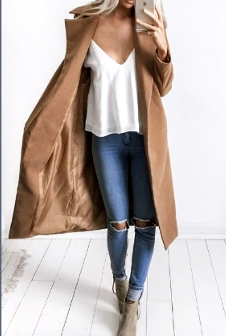 LONG WIDE LAPEL COAT
