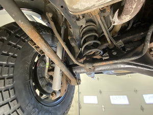 2007 Toyota 4Runner SR5 V6 Undercarriage Photos