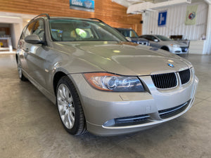 2008 BMW 328xi Wagon 6-Speed Manual