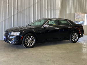 2017 Chrysler 300 AWD C