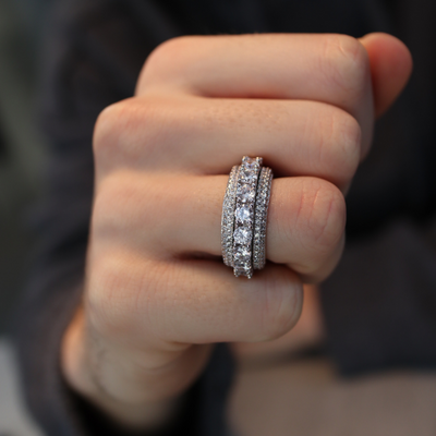 Spinning Layered Diamond Ring