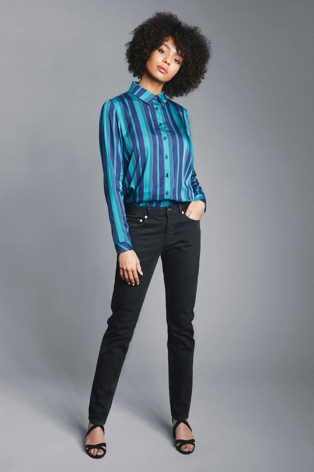 Casual straight shirt blue green front