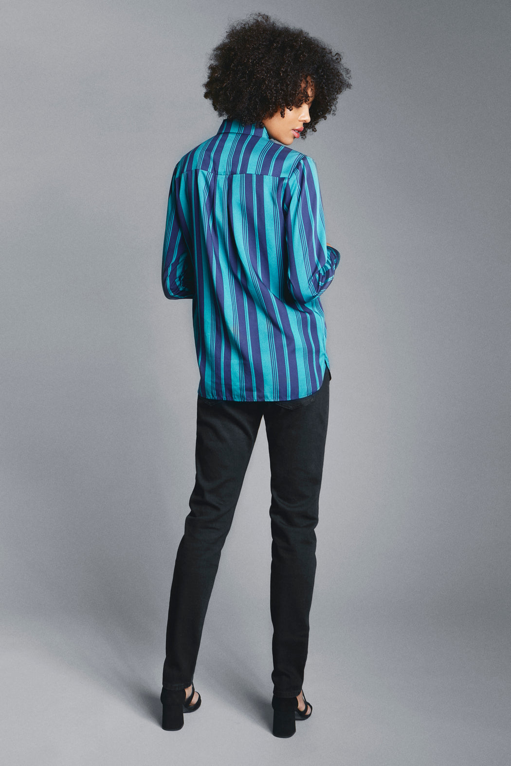 Casual straight shirt blue green back