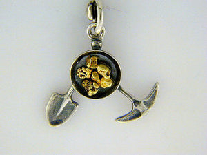 C025  Pik Pok Charm with Nuggets