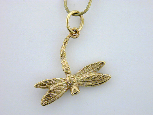 C337  Dragonfly Charm 14kt