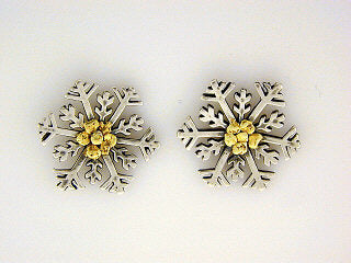 EP083  Snowflake with Medium Silver Earring Posts