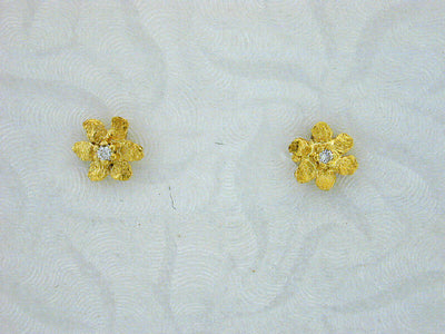 EP269S Silver Flower with Tiny Earring Posts with Diamonds
