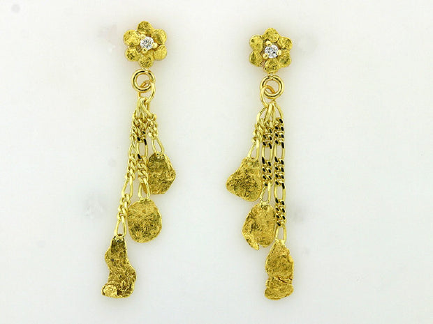 EP327/1.2  Flower with Diamond Nuggets Dangle 1.2 dwt