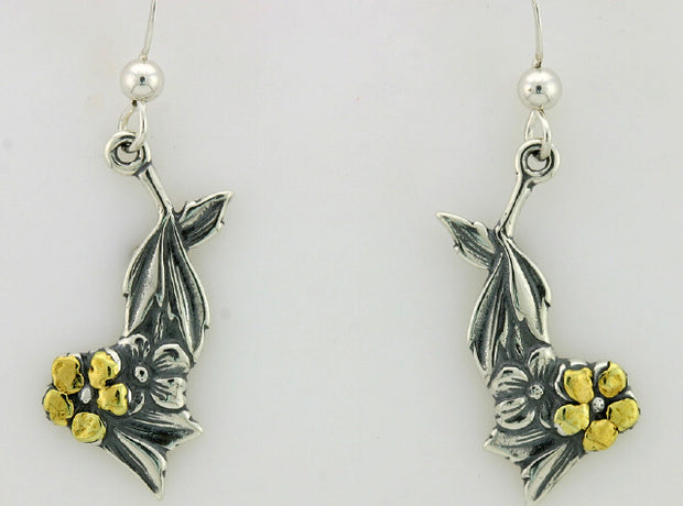 EW155  Dangle Earring Silver & Nuggets