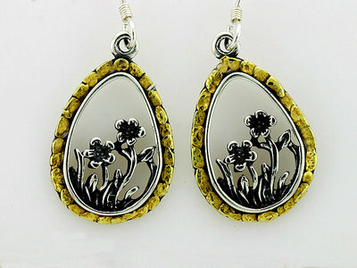 EW157  Dangle Earring Silver & Nuggets