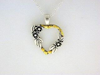 N004  Heart 3 Flower with pendant