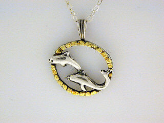 N079  Double Dolphin In Circle Neck