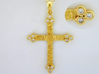 N205  Fancy cross with/ Diamonds