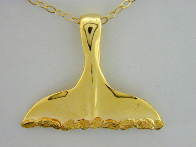 N427  Whale Tail Large Necklace 14kt