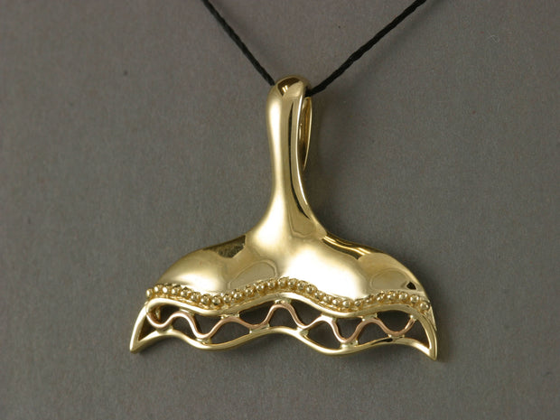 N906  Pendant Whale Tail 14kty