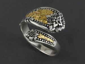R02939   Adjustable Silver Spoon Flower Ring with Nuggets