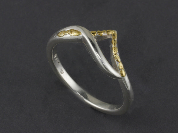 R126-6   Swirl Silver Point Ring