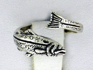 R133  Ring Adj Salmon Ring Adjustable