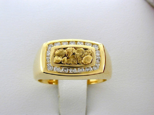 R210  Gents Ring Nuggets & Diamond.