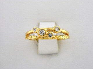 R404  14kt Nuggets & Diamond Ring