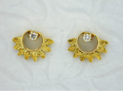 EJ403D    14kt & Nuggets Ear Jacket with Diamonds