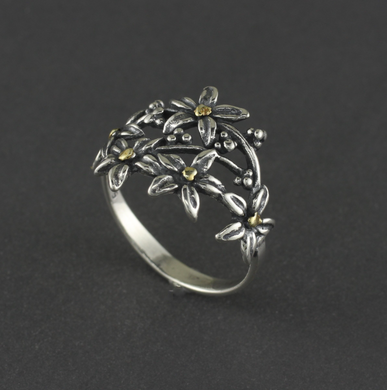 R03005  Flower with Vine Silver Ring