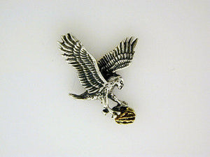 TT023  Eagle Flying Tie Tack