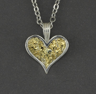 N199  Necklace Channel Heart /Nugs