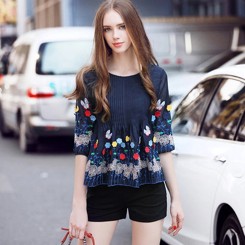 Elegant Vintage Floral embroidery Chiffon Blouse Women 2017 Spring Summer Style  Putt Sleeve Loose Casual Top Femme