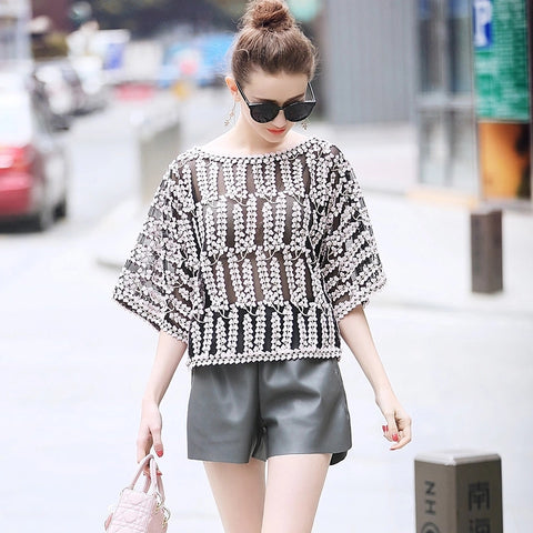 2018 Summer Short Sleeve Sexy Casual Blouse Tops Women Fashion Heart Embroidery Mesh Blouse blusa feminina